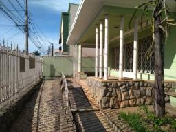 Casa para aluguel, 1 quarto, 3 vagas, Centro - Sete Lagoas/MG