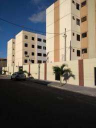 Apartamento com 2 dormitórios à venda, 66 m² por R$ 150.000,00 - Maraponga - Fortaleza/CE