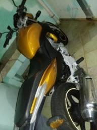 Vendo Cb 300 2010 - 2010