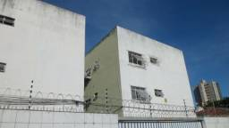 Alugo Apto. 104-B, Edf. Marta, Torreão, Recife. R$ 800,00 + Taxas