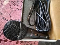 Microfone novo/ caixa
