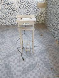 Máquina seladora com pedal