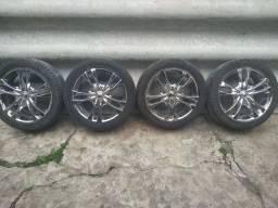 Rodas 17  multi furos com pneus novos