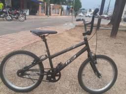 Vendo essa bicicleta