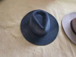Torro 3 chapéus Prada originais R$ 150,00