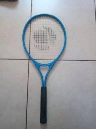 Raquete Artengo (pouco usada)