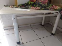 Mesa de granito 4 cadeiras perfeita