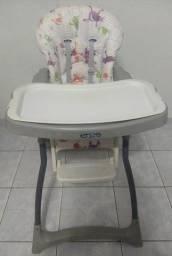 Título do anúncio: Cadeira de alimentação bebê portátil e dobrável peg-pérego merenda