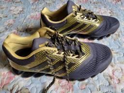 Título do anúncio: Vendo tênis Adidas Springblade de pouco uso.