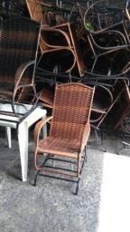 Título do anúncio: Cadeira espreguiçadeira ou cadeira de balanço?temos de pronta entrega.