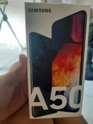 Título do anúncio: Samsung A 50 vende ou troca