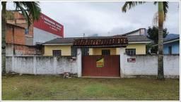 Título do anúncio: Casa para Venda com 4 Quartos em Caiobá