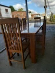 Título do anúncio: Mesa com 8 cadeiras em jatobá