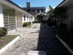 Título do anúncio: COD C-34 Casa no bairro do Bessa com 2 quartos bem localizada.