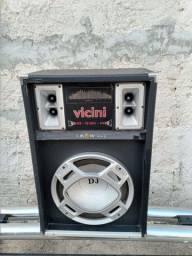 Vende-se uma caixa de som profissional, top.