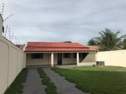 Vendo casa - quintal amplo