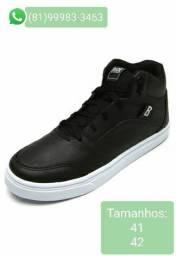 Sneaker botinha tam 41 / 42