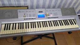 Título do anúncio: Vendo teclado Yamaha
