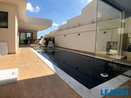 Título do anúncio: Casa de condomínio para alugar com 4 dormitórios cod:598686