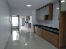 Título do anúncio: Casa para venda possui 147 metros quadrados com 3 quartos em Parque Amazônia - Goiânia - G