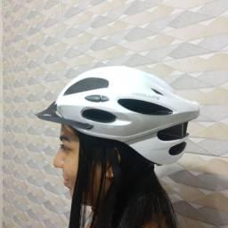 Capacete bike adulto (tamanho G - 57 a 62 cm) com led e regulagem