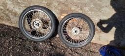 Título do anúncio: Par de Rodas para moto