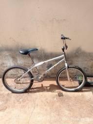 Título do anúncio: Vendo bicicleta aro 16 280,00