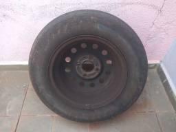 Pneus com roda aro 13 175 de FIESTA