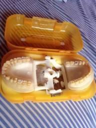 Vende-se manequim odontológico