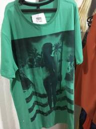 Camisa básica verde veste muito bem Side way