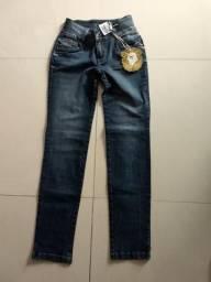 Vendo calça jeans feminina nova, número 42, marca The Tccs