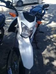 Vendo Moto Honda Bros 160 - 2018