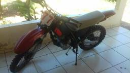 Moto de trilha - 2000