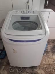Máquina de lavar-roupa Eleteolux
