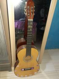 Vendo esse violão