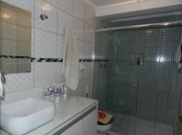 Apartamento à venda com 3 dormitórios em Vila adyana, Sao jose dos campos cod:V2275