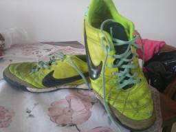 Barbada Chuteira Nike Tempo couro 38 de Sintético