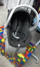Bebê conforto com base veicular - Galzerano