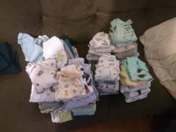 Vendo lote de roupas de bebe menino