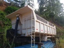 Caçamba Truck 18ton com sistema hidráulico