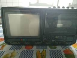 Tv toca fitas CCE (radidade)
