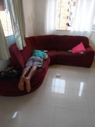 Sofá de canto vermelho