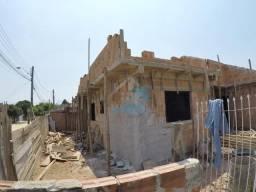 Linda casa de esquina com possibilidade de parcelar entrada em período de obras, com entre