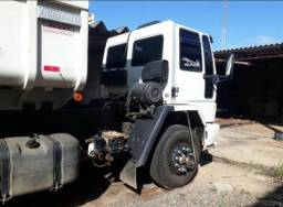 Caminhão Caçamba revisado - 2006