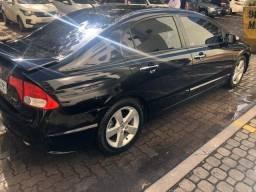 Honda Civic preto manual LXS 1.8 completo com bancos em couro. IPVA 2020 pago - 2008