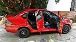 Fiesta Class sedan 1.6 Flex completo - 2012