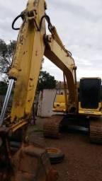Vendo ou alugo escavadeira hidráulica komatsu 2008 PC 160 LC ou por imovel em maringá