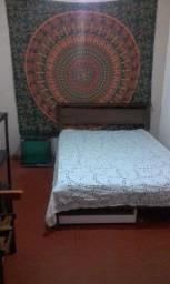 Alugo quarto no Santo Antônio