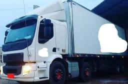 Título do anúncio: Vm 330 8 x 2 bi truck com bau - Impecável