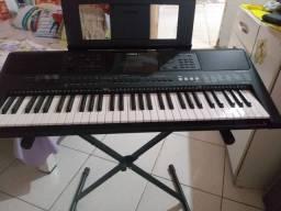 Teclado Yamaha psr453